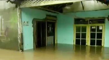 Banjir Kembali Terjang Cipinang Melayu, Warga Sudah Lelah
