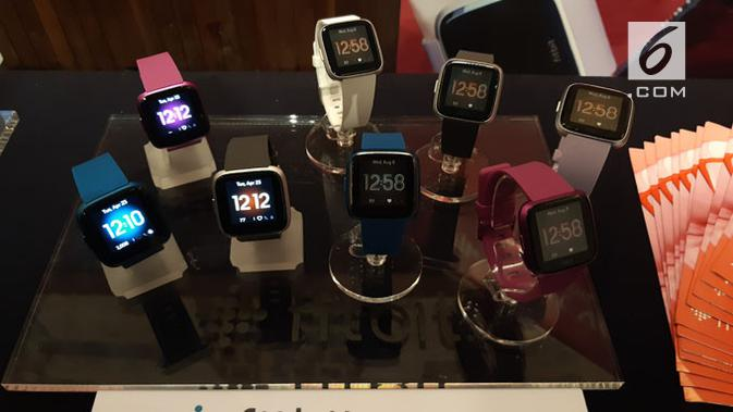 3 produk terbaru Fitbit. (Liputan6.com/ Agustinus M. Damar)
