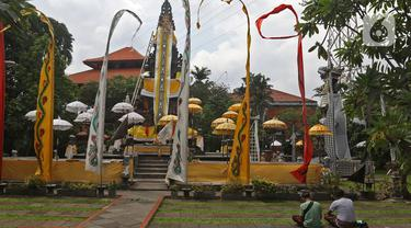 Suasana Pura Aditya Jaya Menjelang Nyepi