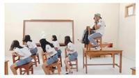 Aksi Siswa saat Parodi Naik Odong-Odong Ini Bikin Kangen Sekolah (sumber:Instagram/lucu.abis)