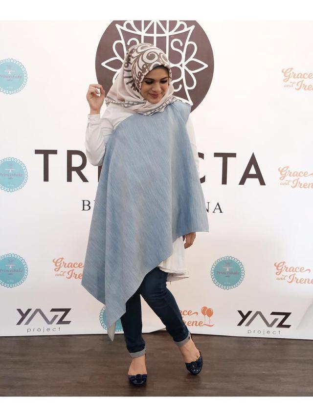 Sederet 5 Busana Hijab Elegan Buat Ketemu Calon Mertua