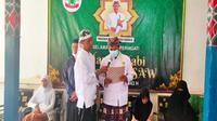 Pangeran Wisnu Lesmana menyampaikan pidato usai dilantik menjadi Sultan Jayawikarta III Keraton Kasepuhan Cirebon. Foto (Liputan6.com / Panji Prayitno)