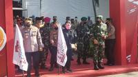 Puan Maharani mewanti-wanti Pemprov Banten dan TNI/Polri untuk mengantisipasi lonjakan kasus Covid-19 usai libur Natal dan Tahun Baru 2021.