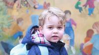 Pangeran George merasakan pengalaman pertamanya masuk sekolah. Sumber : instagram.com.