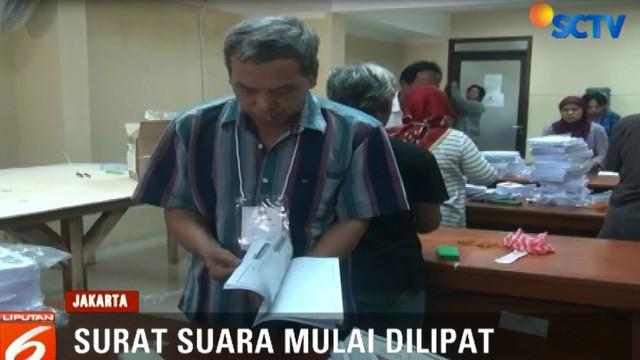 Ketua KPU Kota Jakarta Utara menargetkan kertas suara akan selesai di lipat dalam 30 hari kedepan.