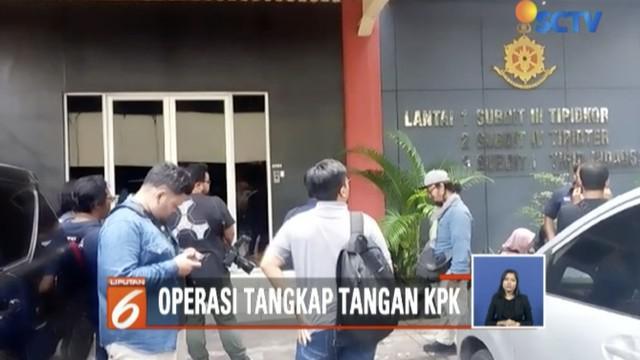 Seorang petinggi parpol yang juga anggota legislatif terjaring OTT KPK di Surabaya, Jawa Timur.