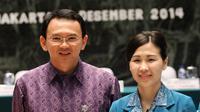 Pelantikan itu turut dihadiri oleh suami Veronica, Gubernur DKI Jakarta Basuki 'Ahok' Tjahaja Purnama, Kamis (4/12/2014). (Liputan6.com/Faizal Fanani)