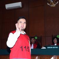 Foto Saipul Jamil di Pengadilan Negeri Jakarta Utara (Andy Masela/bintang.com)