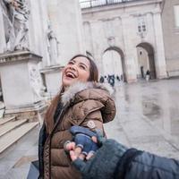 Nagita Slavina dan keluarga di Austria (Instagram/raffinagita1717)