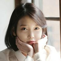 IU merupakan salah satu artis papan atas Korea Selatan. Seperti yang dilansir dari Koreaboo, gadis kelahiran 16 Mei 1993 ini sudah terjun di dunia hiburan Korea Selatan selama 10 tahun. (Foto: Soompi.com)