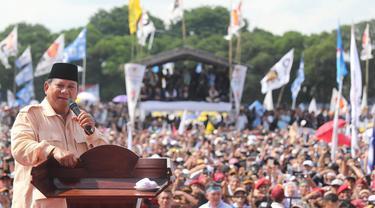 Capres nomor urut 01 Prabowo Subianto berkampanye di Lapangan Sriwedari, SOlo
