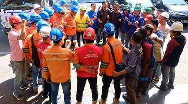 PLN Sulselrabar Kirim 103 Teknisi Andalan ke Lokasi Gempa Bumi Palu (Humas PLN Sulselrabar/ Eka Hakim)