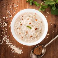 ilustrasi oats/Photo by Mae Mu on Unsplash