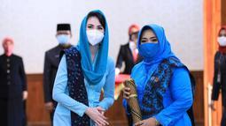 Arumi Bachsin juga selalu menggunakan masker saat menghadiri acara atau pertemuan publik. Dengan cara ini, Arumi bisa memberi contoh tentang penerapan protokol kesehatan bagi masyarakat. (Liputan6.com/IG/@arumibachsin_94).