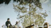 Tara Basro dan Daniel Adnan melangsungkan pernikahan di Wot Batu, Bandung, Jawa Barat (Dok.Instagram/@tarabasro/https://www.instagram.com/p/CBxOpQoHRq8/Komarudin)