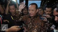 Sekretaris MA, Nurhadi Abdurrachman usai menjalani pemeriksaan KPK, Jakarta, Selasa (24/5). Nurhadi enggan menjawab pertanyaan wartawan usai diperiksa KPK. (Liputan6.com/Helmi Afandi)