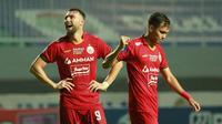 Untuk keempat kalinya Marko Simic dkk kembali meraih hasil kurang memuaskan. Kali ini ditahan seri Persita dengan skor 1-1 pada pekan kelima BRI Liga 1 di Stadion Pakansari, Kabupaten Bogor, Selasa (28/09/2021). (Bola.com/M Iqbal Ichsan)