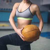 Tak perlu mencari alat berat dan besar untuk mengencangkan otot di seluruh tubuh. | via: self.com