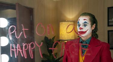 Gara-gara Cuitan Twitter, Gadis Ini Tepati Janji Pakai Riasan Joker Saat di Bioskop