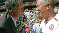 Jose Mourinho dan Alex Ferguson (CARL DE SOUZA / AFP)