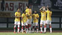 Pemain Selangor FA melakukan selebrasi usai membobol gawang Persija Jakarta pada laga persahabatan di Stadion Patriot, Jawa Barat, Kamis (6/9/2018).(Bola.com/M Iqbal Ichsan)