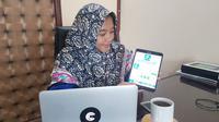 Callind atau Calling Indonesia, aplikasi pesan yang dikembangkan oleh gadis Kebumen. (Foto: Liputan6.com/Muhamad Ridlo)