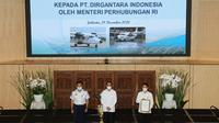 Kementerian Perhubungan secara resmi menyerahkan sertifikat tipe Pesawat N219 kepada PT Dirgantara Indonesia (DI). (Foto: Kemenhub)