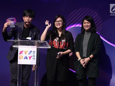 Tim Sore memberikan sambutan saat menerima penghargaan best branded video content of the year dalam acara XYZ Day 2018 di The Hall Senayan City, Jakarta, Rabu (25/04). (Liputan6.com/Herman Zakharia)