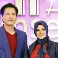 Cut Meyriska dan Roger Danuarta di acara IFA 2020. (Bambang E Ros/Fimela.com)