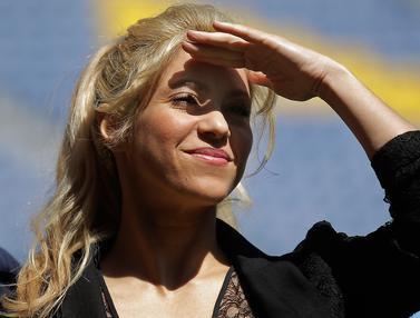 20170328-Shakira Hadiri Acara Amal di Markas Barcelona-AFP