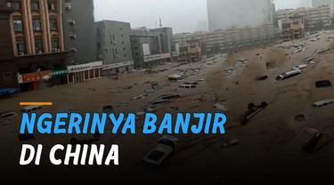 Banjir mengerikan melanda Zhengzhou, Henan, China. Terjadi akibat hujan deras selama 4 hari.