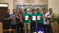 Tiga dari empat pemain Timnas Indonesia U-16 mendapat beasiswa dari PSIS. (Bola.com/Ronald Seger Prabowo)
