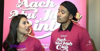 Beradu akting di dalam film 'Aach Aku Jatuh Cinta', Chicco Jerikho dan Pevita Pearce saling mengagumi satu sama lain. Pevita mengakui, dirinya kagum dengan Chicco jauh sebelum hadirnya film ini.