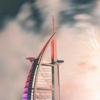 Ilustrasi kembang api saat Lebaran di Dubai | unsplash.com