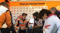 Pebalap Repsol Honda, Marc Marquez, mengaku masih beradaptasi dan meraba-raba kemampuan serta kekurangan dari Honda RC213V yang akan digunakan untuk MotoGP edisi 2018. (Twitter/@HRC_MotoGP)