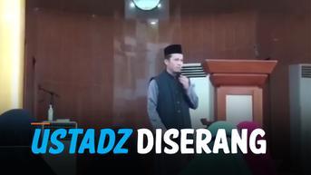 VIDEO: Detik-Detik Ustaz Diserang Saat Ceramah di Masjid