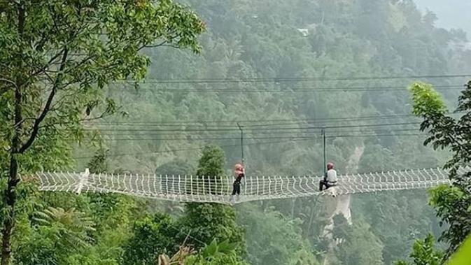 Kawasan wisata Umbul Sido Mukti di Bandungan, Jawa Tengah. (dok.Instagram @ragentar_outbound/https://i0.wp.com/i0.wp.com/www.instagram.com/p/ByR32RQgpYG/Henry