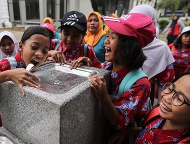 Hore, Air Siap Minum Kini Tersedia di Museum Nasional