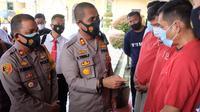 Kapolres Tanjung Balai, AKBP Putu Yudha Prawira, paparkan kasus penculikan anak di bawah umur