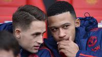Dua gelandang Manchester United, Adnan Januzaj dan Memphis Depay. (AFP/Oli Scarff)