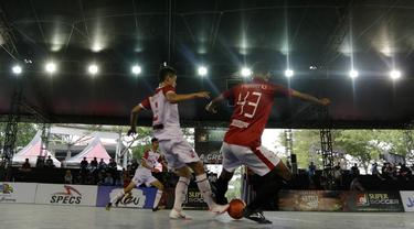 Pemain Doby MCW Banten saat pertandingan melawan Surya Futsal pada laga Super Soccer Futsal Battle di Summarecon Mall Serpong, Sabtu (29/09/2018). Doby MCW Banten takluk 2-8 dari Surya Futsal. (Bola.com/M Iqbal Ichsan)