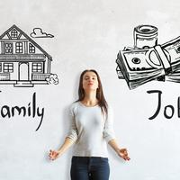 Mengatasi Dilema, Wanita Karier vs Ibu Rumah Tangga (Peshkova/Shutterstock)