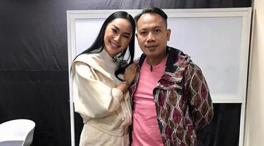 Momen Ulang Tahun Vicky Prasetyo yang Ke-37 Tahun, Dirayakan Dengan Potong Tumpeng