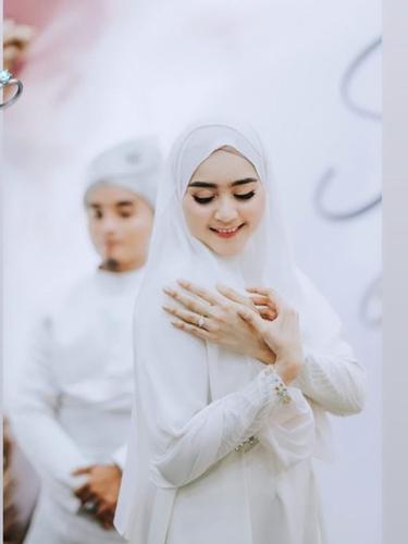 7 Potret Akad Hingga Resepsi Pernikahan Taqy Malik dan Serrel Thalib