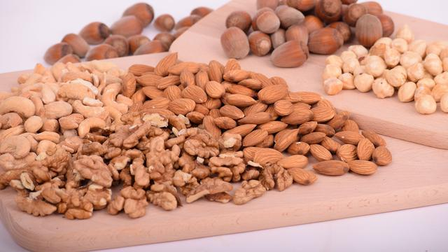 13 Makanan Tinggi Protein Yang Baik Untuk Kesehatan Tubuh Hot