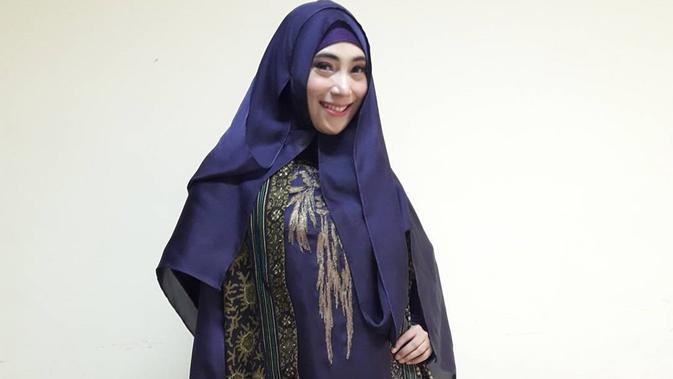 Menikah, Inka Christie Bulan Madu di Bandung