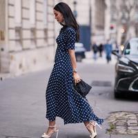 Maxi dress. (Foto: instagram.com/thestylestalkercom/@tamara)