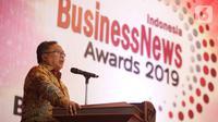 Menristek dan Kepala Badan Riset Inovasi Nasional Bambang Brodjonegoro memberi sambutan pada acara Indonesia BusinessNews Award 2019 di Jakarta, Rabu (6/11/2019). Sebanyak 37 perusahaan meraih penghargaan Indonesia BusinessNews Award 2019. (Liputan6.com/Faizal Fanani)