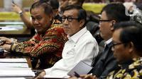 Menkum HAM Yasonna Laoly mengikuti Rapat Kerja dengan Badan Legislasi DPR di Senayan, Jakarta, Rabu (4/12/201). Rapat membahas sejumlah rancangan undang-undang (RUU) yang menjadi program legislasi nasional (prolegnas) 2019-2024 maupun RUU prolegnas prioritas 2020. (Liputan6.com/Johan Tallo)
