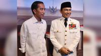 Presiden Jokowi bersama patung lilin Sukarno (foto: biro pers kepresidenan)